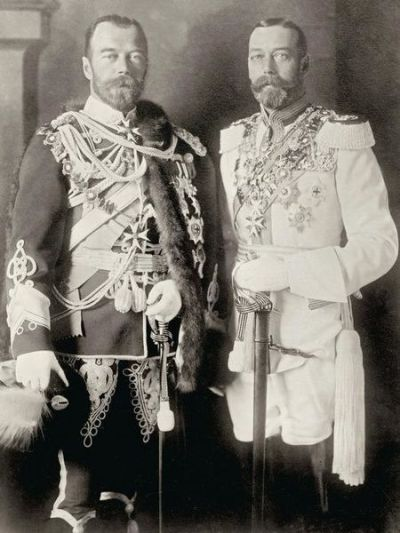 George_V_and_Nicholas_II_in_Berlin,_1913