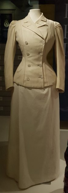 Cream wool serge double-breasted yachting jacket 1890s