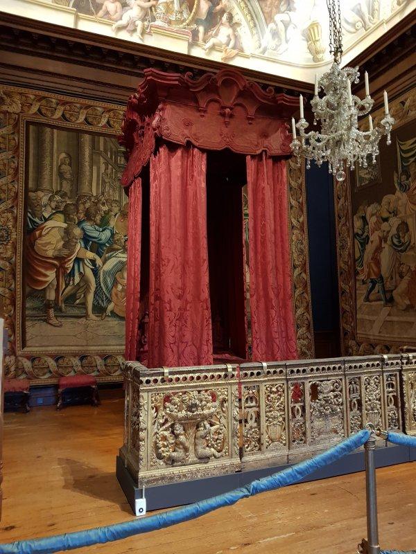 State Bedchamber, Hampton Court Palace
