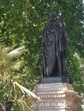 Benjamin Disraeli, Earl of Beaconsfield, Parliament Square, London