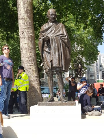 Mahatma Gandhi, Parliament Square, London