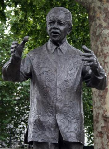 Nelson Mandela, Parliament Square, London