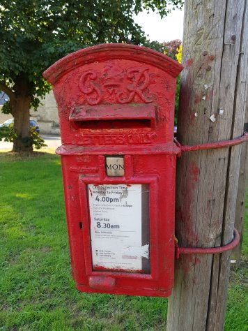 George VI lamp box