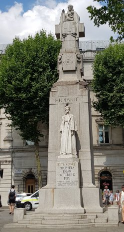 Edith Cavell, London, England (with a disrespectful pigeon)