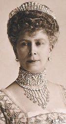 Queen Mary wearing her Fringe Tiara