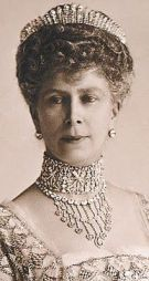 Queen Mary wearing her Fringe Tiara