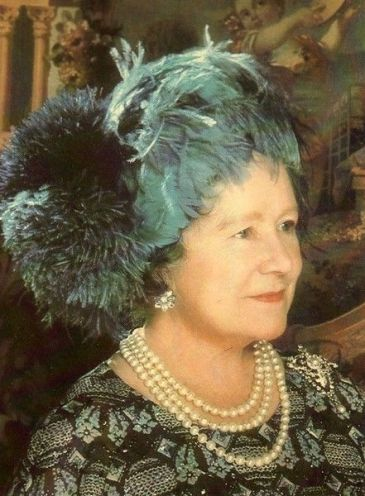 Queen Elizabeth the Queen Mother, 1975