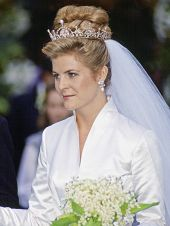 Serena Stanhope wore the Lotus Flower Tiara for her marriage to Princess Margaret's son, Viscount Linley in 1993
