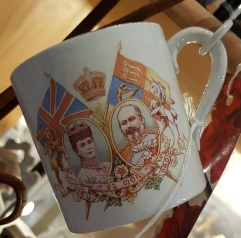 Mug commemorating King Edward VII and Queen Alexandra