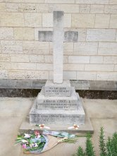 The former monument of the grave of Edith Cavell