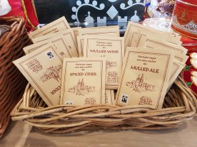Mulled wine and spiced cider sachets (£1.50)