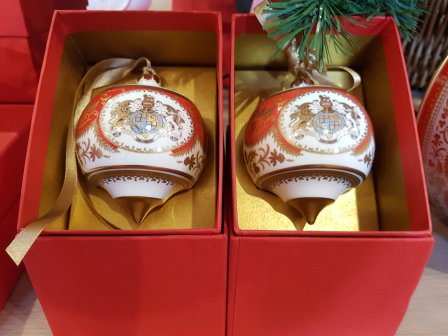 Royal Palace fine bone china bauble (£55.00)