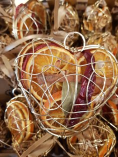 Dried fruits and spices in a gilded heart are super festive