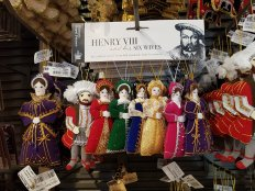 Henry VIII and his six wives (£55.00) tree decorations