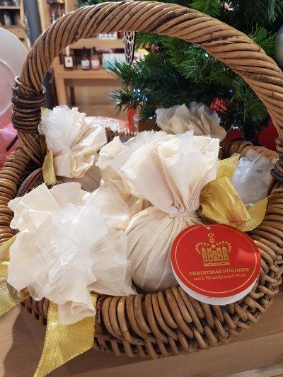 Christmas Pudding with Brandy and Port (£10.99)