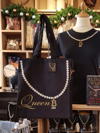 The Queen B T-shirt is one of my favourite items in the Queen B range (£17.99) the tote bag is a reasonable £14.99 and the mug £9.99