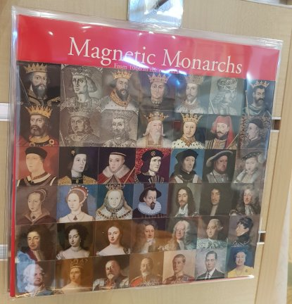 The royal line of succession in MAGNETS!