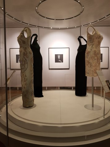'Diana's dresses', Kensington Palace exhibition, December 2018
