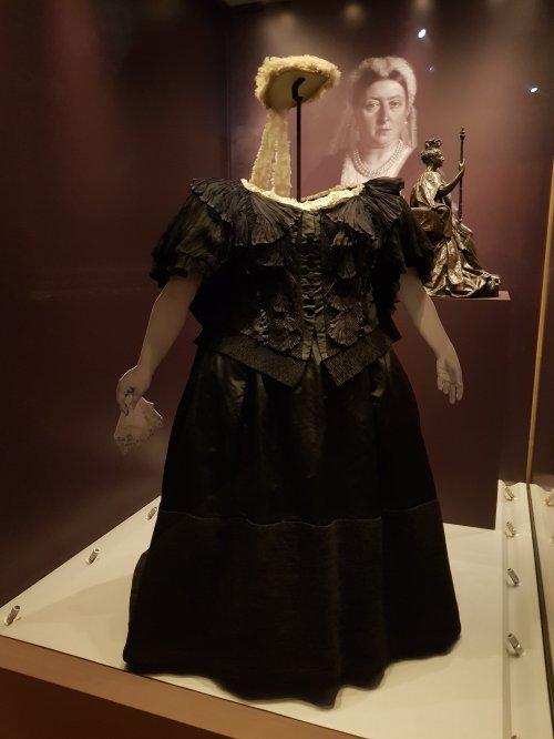 Queen Victoria's 'widow's weeds'